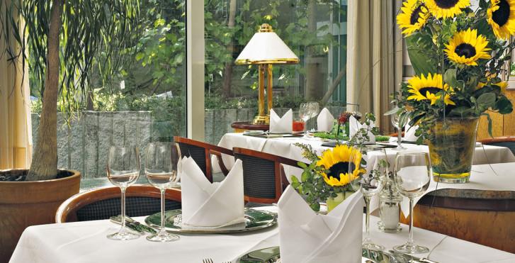 Image 26080068 - Maritim Hotel München