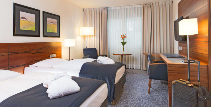 Image 26080070 - Maritim Hotel München
