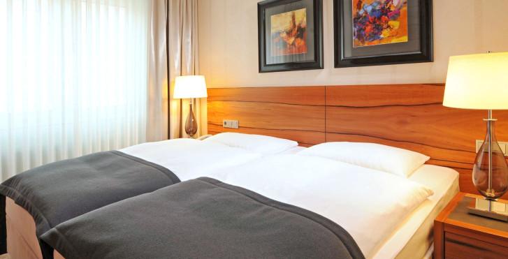 Image 26080064 - Maritim Hotel München