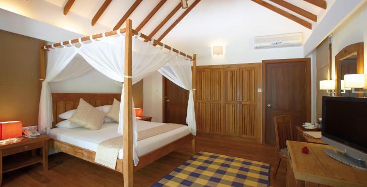 Image 7632980 - Medhufushi Island Resort