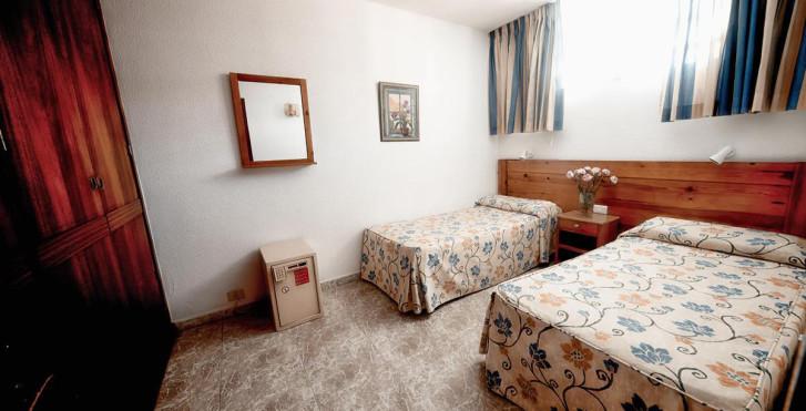 Image 7383777 - Hôtel Montemar