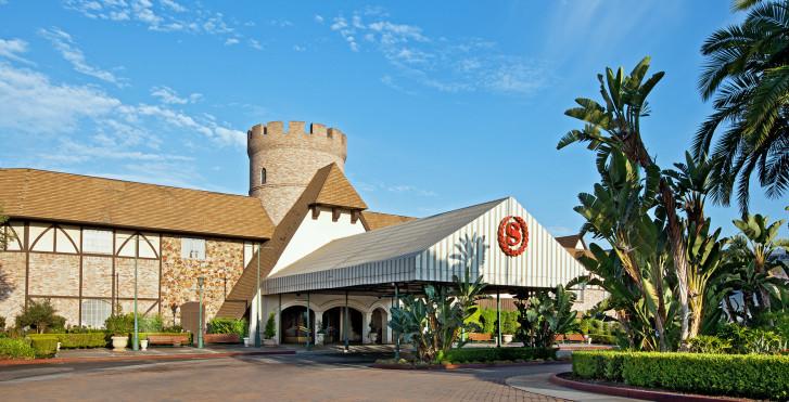 Image 15080107 - Anaheim Majestic Garden Hotel (ex Sheraton Anaheim)
