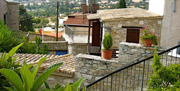 Image 7119141 - Traditional Village Houses - Skarinou