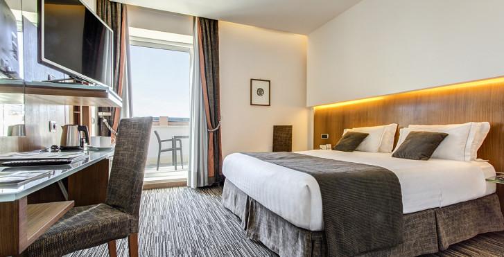 Image 26043191 - Best Western Hotel Universo