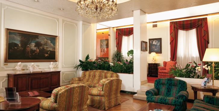 Image 27791084 - Hôtel Victoria