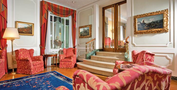 Image 27791072 - Hôtel Victoria