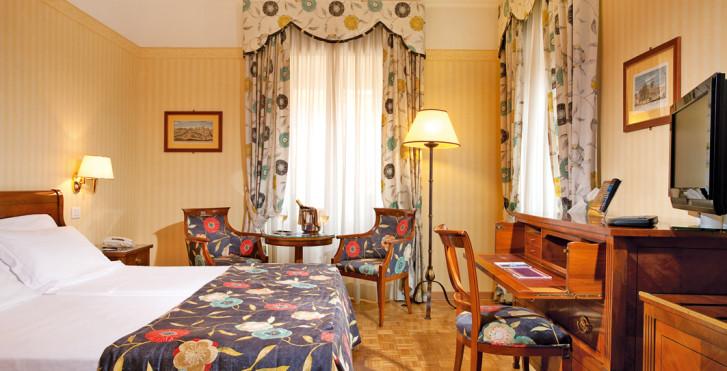 Image 27791060 - Hôtel Victoria
