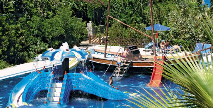 Image 7403425 - Radisson Blu Beach Resort Crete