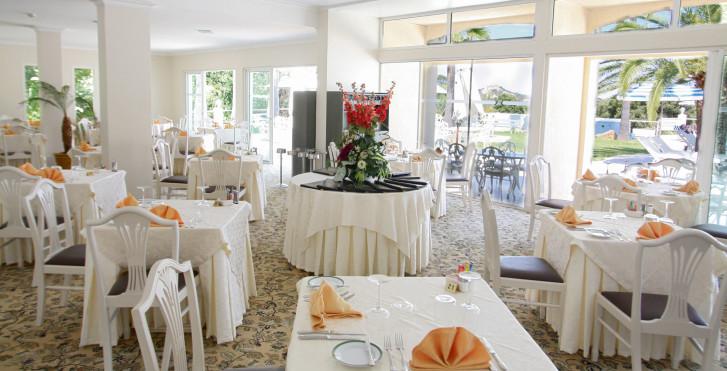 Bild 7999788 - Hotel Corsica
