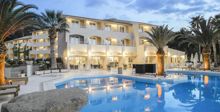 Bild 28348398 - Hotel Corsica