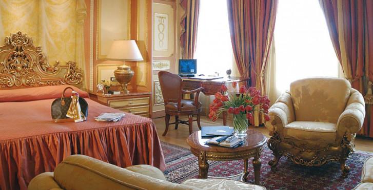 Image 27271207 - Regina Palace