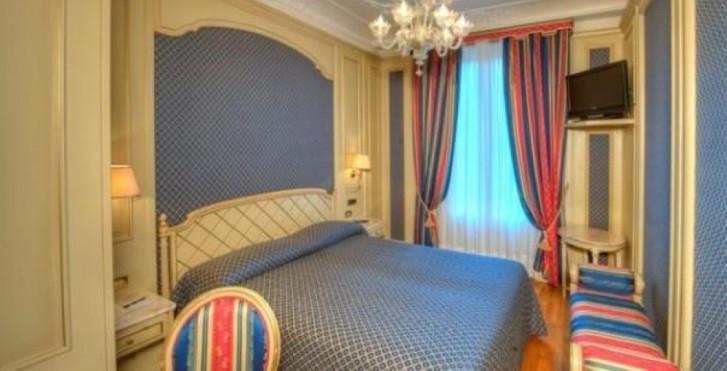 Image 27271211 - Regina Palace