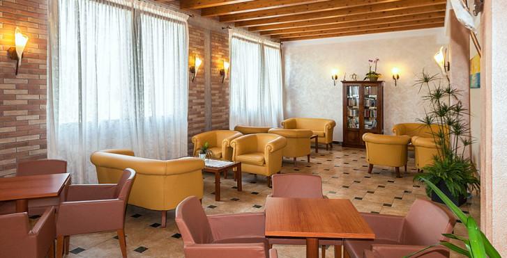 Image 25566916 - Hôtel Regent's