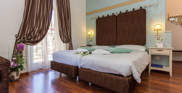 Image 28788534 - Hôtel Riviera