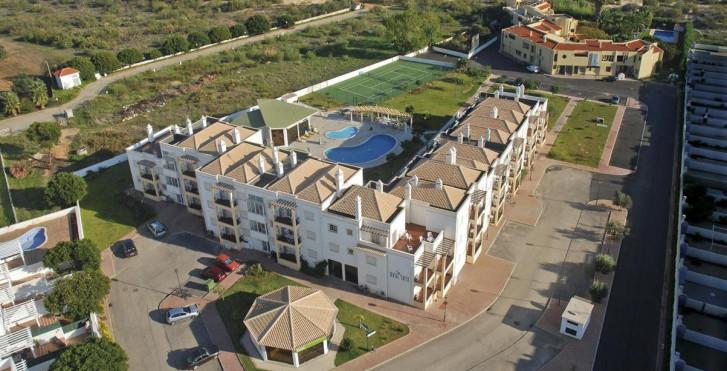 Image 27703313 - Praia da Lota Apartments