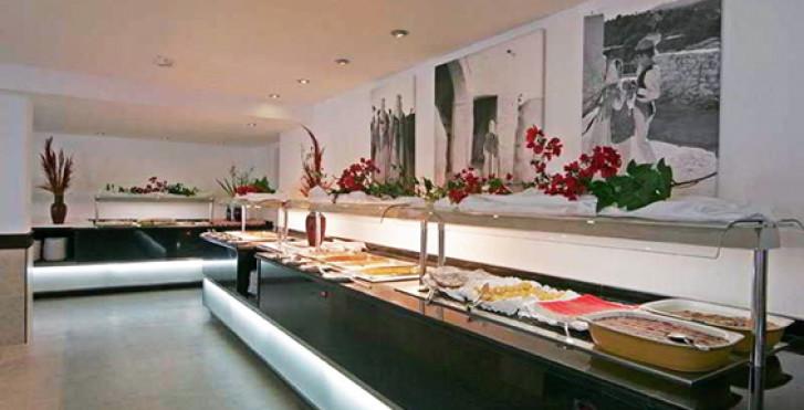 Image 8057376 - Sirenis Hotel Club Siesta
