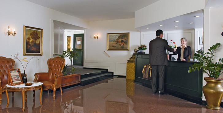 Image 7537506 - Hôtel Campione