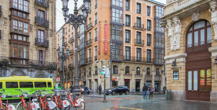 Image 28555851 - Petit Palace Arana Bilbao