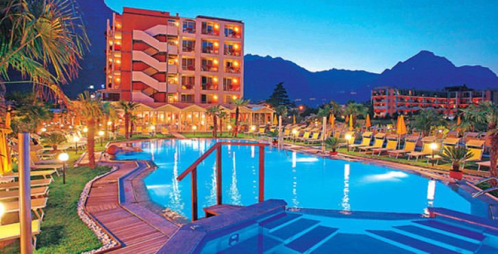 Bild 27426536 - Savoy Palace Hotel