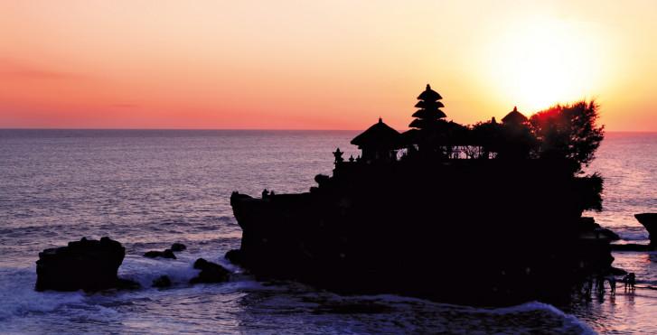 Tanah Lot, Indonésie