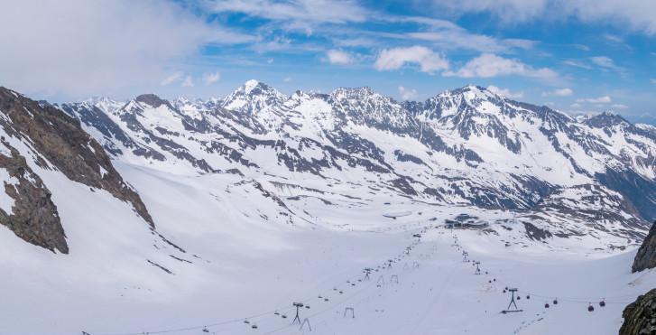 Panoramablick vom Stubaier Gletscher