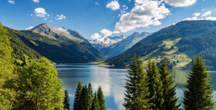 Lac de barrage Durlassboden à Zillertal