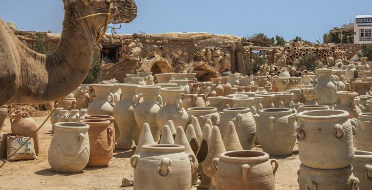 Pots en terre cuite, Sud de la Tunisie
