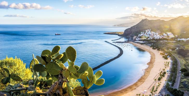 Badeferien am Strand Playa de Las Teresitas bei Santa Cruz de Tenerife