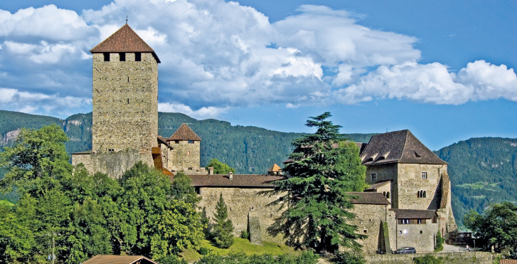 Château du Tyrol, Meran et ses environs