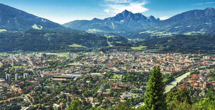 Vue sur Mittelinntal et Innsbruck