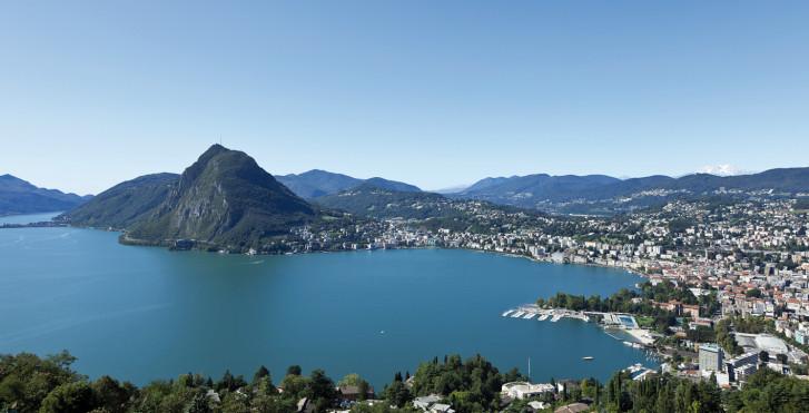 Lac de Lugano vue d'en haut