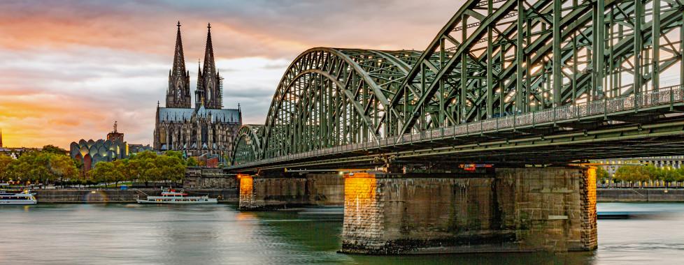 La cathédrale de Cologne et le pont Hohenzollern