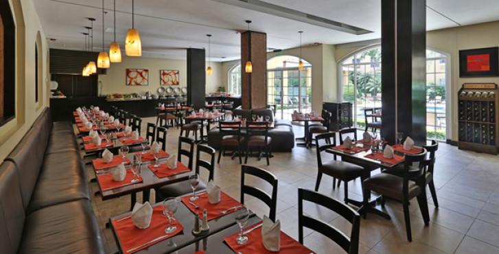 Image 27733288 - Quality Hôtel Real San José