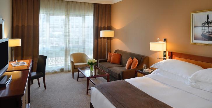 Bild 28094742 - Mövenpick Hotel & Apartments Bur Dubai