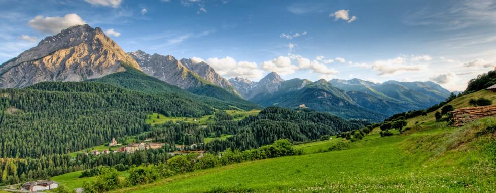Vue panoramique sur les montagnes