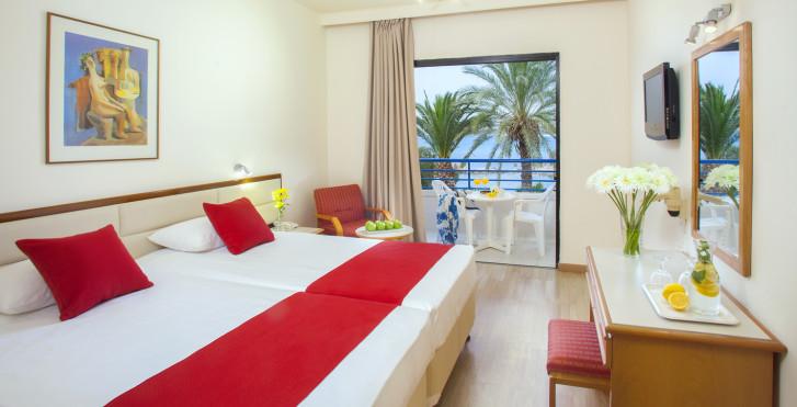 Doppelzimmer - Queen's Bay Hotel
