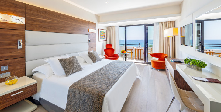 Doppelzimmer Superior - Amathus Beach Hotel