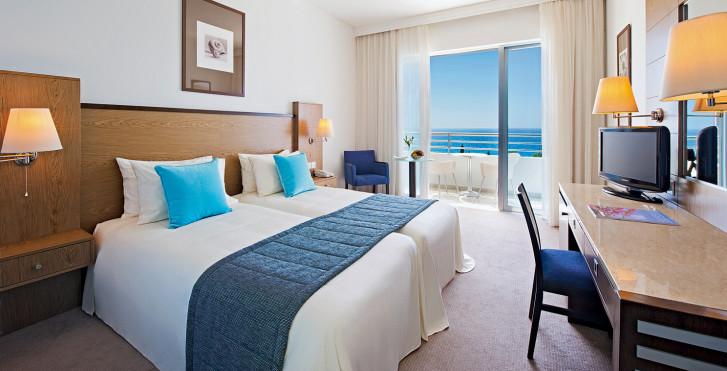 Chambre double Deluxe vue mer - Mediterranean Beach Resort