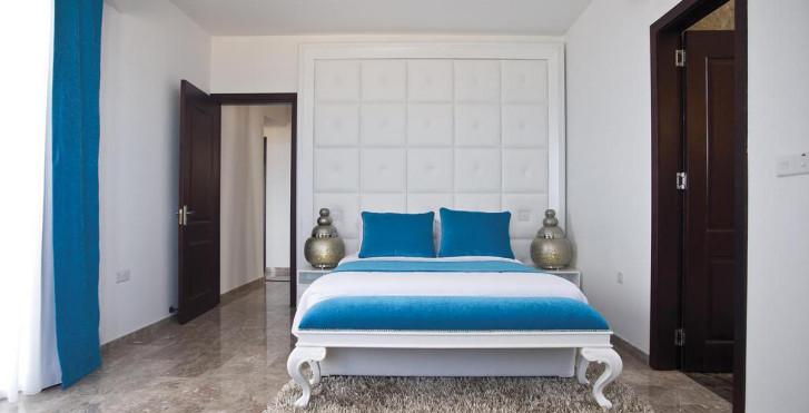 Image 7118539 - Louis Althea Kalamies Luxury Villas