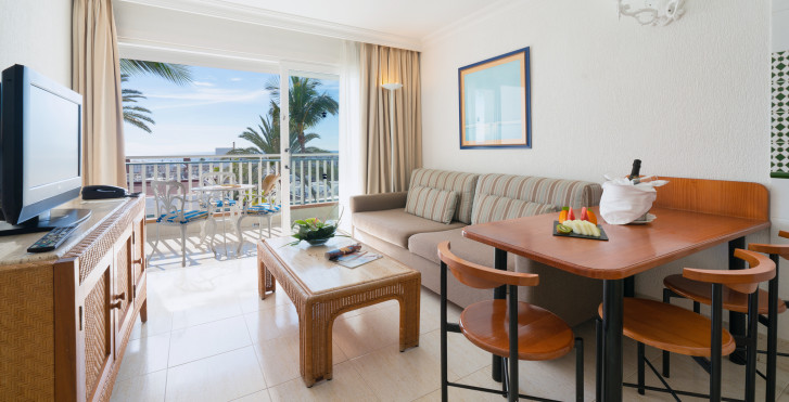 Appartement Upper Floor - Appartements Fariones