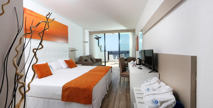 Papagayo Beach Resort Sandos