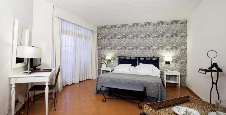 Tres Torres Hotel