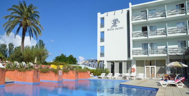 Azuline Pacific Hotel