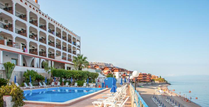 Image 25951870 - Park Hotel Silemi