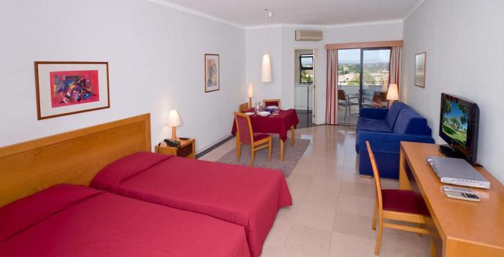 Image 7242367 - Vila Petra