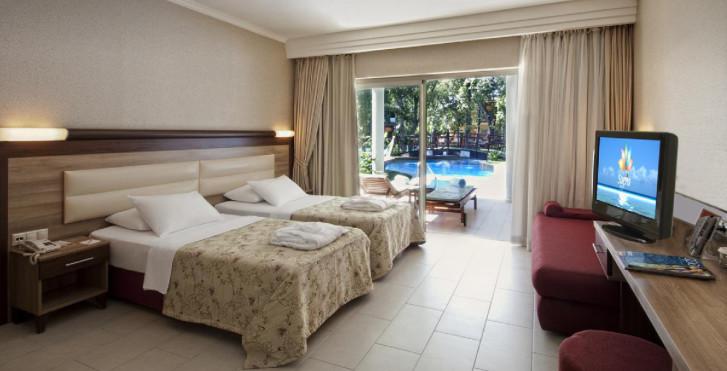 Image 25073229 - Sueno Hotels Beach Side