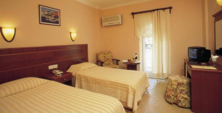 Bild 7280357 - Golden Age Hotel