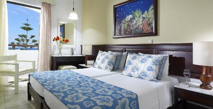 Image 24800549 - Albatros Hotel