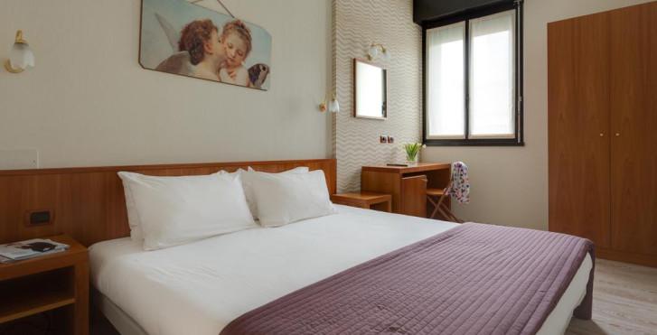 Image 28566229 - Hôtel Roxy