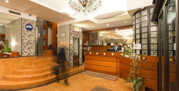 Image 28566231 - Hôtel Roxy